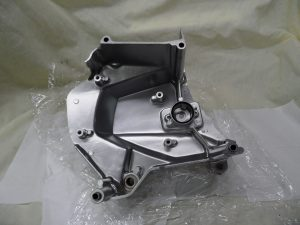 CH9-030-sprocket-cover